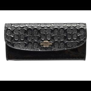 Coach Signature Debossed Blk  Wallet With Charms